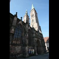 Nürnberg, St. Sebald, Seitenschiff und Türme