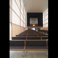 München, Herz-Jesu-Kirche, Innenraum mit Orgelempore