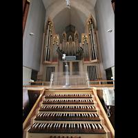 München, Mariahilf-Kirche (Hauptorgel), Spieltisch mit Hauptwerk und Chamaden