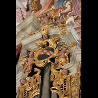 Fürstenfeldbruck, Klosterkirche (Hauptorgel), Ornamente am rechten Pedalturm