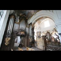 Ottobeuren, Abtei - Basilika (Heilig-Geist-Orgel), Blick von der Dreifaltigkeitsorgel zur Heilig-Geist-Orgel