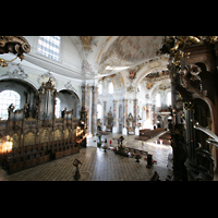 Ottobeuren, Abtei - Basilika (Heilig-Geist-Orgel), Blick von der Heilig-Geist-Orgel zur Hauptorgel und Dreifaltigkeitsorgel
