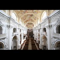 St. Florian (bei Linz), Stiftskirche, Blick von der Orgelempore ins Hauptschiff