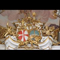 St. Florian (bei Linz), Stiftskirche, Wappen im Orgelprospekt
