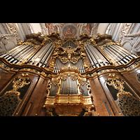 Passau, Dom St. Stephan, Hauptorgel - Blick vom Brustwerk nach oben
