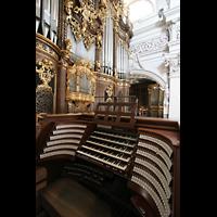 Passau, Dom St. Stephan, Zentralspieltisch mit Hauptorgel
