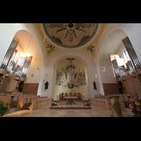 Vilshofen (Schweiklberg), Benediktinerabtei St. Trinitatis, Chorraum mit beiden Chororgeln