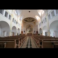 Vilshofen (Schweiklberg), Benediktinerabtei St. Trinitatis, Innenraum / Hauptschiff in Richtung Chor