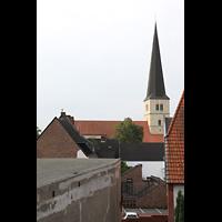 Dülmen, St. Viktor, Blick auf den Kirchturm über die Dächer der Stadt