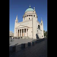 Potsdam, St. Nikolai (Hauptorgel), Gesamtansicht mit Portal