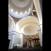Potsdam, St. Nikolai (Hauptorgel), Chorraum mit Chororgel und Blick in die Kuppel