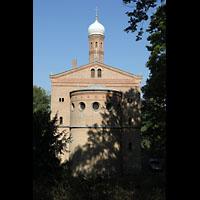 Berlin (Zehlendorf), St. Peter und Paul auf Nikolskoe (Wannsee), Chor von außen