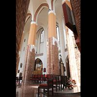 Szczecin (Stettin), Katedra sw. Jakuba (Jakobskathedrale), Blick von hinter dem Altar in den Chorraum mit Chororgel