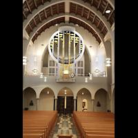 Stuttgart, St. Fidelis, Orgel (mit Beleuchtung - Decken- und Seitenfluter)