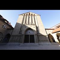 Stuttgart, St. Fidelis, Fassade