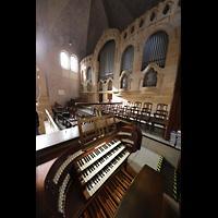 Stuttgart, Markuskirche, Spieltisch mit Orgel