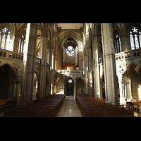 Stuttgart, Johanneskirche, Innenraum in Richtung Orgel
