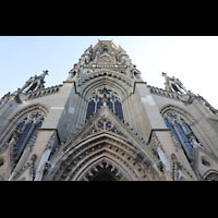 Stuttgart, Johanneskirche, Fassade mit Turm