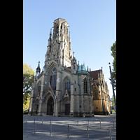 Stuttgart, Johanneskirche, Außenansicht mit Turm (im 2. Weltkrieg zerstört; Turmhelm wurde nicht wiederaufgebaut)