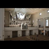 Stuttgart, Domkirche St. Eberhard, Blick von der Chororgel zur Hauptorgel