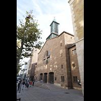 Stuttgart, Domkirche St. Eberhard, Außenansicht von der Seite