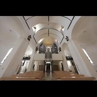 Rottenburg, Dom St. Martin, Hauptschiff mit Orgelempore perspektivisch