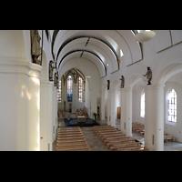 Rottenburg, Dom St. Martin, Blick von der Hauptorgelempore in den Dom