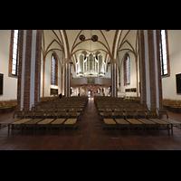 Berlin (Spandau), St. Nikolai, Innenraum in Richtung Orgel