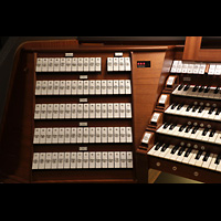 Trondheim, Nidarosdomen (Wagner-Orgel), Spieltisch der Hauptorgel, linke Registerstaffel