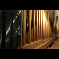 Tromsø - Tromsdalen, Ishavskatedralen (Eismeer-Kathedrale), Pedalpfeifen des Grand Bourdon 32' und Becher der Basun 16'