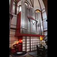 Berlin - Spandau, Lutherkirche, Orgel seitlich
