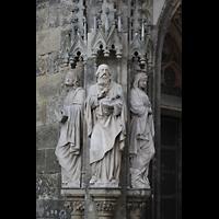 Leipzig, Thomaskirche - Bachorgel, Figuren auf der linken Seite des Apostel-Portals