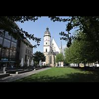 Leipzig, Thomaskirche - Bachorgel, Blick vom Platz vor dem Thomaskirchhof auf die Thomaskirche