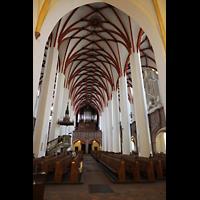 Leipzig, Thomaskirche - Bachorgel, Innenraum in Richtung Orgel