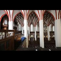 Leipzig, Thomaskirche - Bachorgel, Blick von der Südempore zur Sauer-Orgel