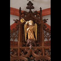 Leipzig, Thomaskirche - Bachorgel, Trompeten-Engel als Figurenschmuck der Sauer-Orgel