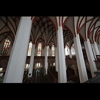 Leipzig, Thomaskirche - Bachorgel, Blick von der Seitenempore in die Kirche