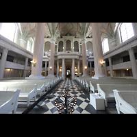 Leipzig, Nikolaikirche, Innenraum in Richtung Orgel