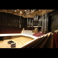 Leipzig, Neues Gewandhaus, Großer Saal mit Orgel, seitlich