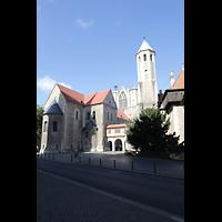 Braunschweig, Dom St. Blasii (Hauptorgel), Dom und Domplatz mit Burg Dankwarderode (rechts)