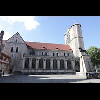 Braunschweig, Dom St. Blasii (Hauptorgel), Seitenansicht (Nordseite) mit Braunschweiger Löwe (links)