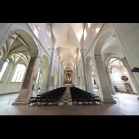 Braunschweig, Dom St. Blasii (Hauptorgel), Innenraum in Richtung Chor
