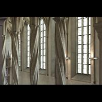 Braunschweig, Dom St. Blasii (Hauptorgel), Säulen im nördlichen Seitenschiff im Perpendicular-Stil