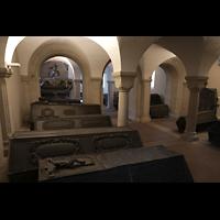 Braunschweig, Dom St. Blasii (Hauptorgel), Grabgelege der Welfen in der Krypta (Welfengruft)