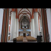 Braunschweig, St. Petri, Innenraum in Richtung Orgel