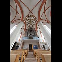 Braunschweig, St. Petri, Blick zur Orgel und ins Gewölbe