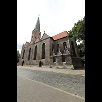 Braunschweig, St. Petri, Seitenansicht von An der Petrikirche aus