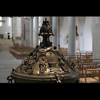 Hildesheim, Mariendom, Deckel des Taufbeckens aus dem Jahr 1226