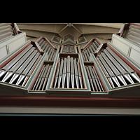 Hildesheim, St. Andreas, Blick von der Orgelempore vom Rückpositiv zum Oberwerk hinauf
