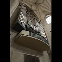 Hildesheim, St. Andreas, Orgel schräg von unten